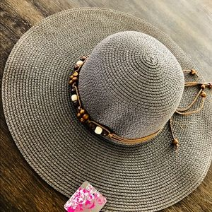 Gray Beach Hat